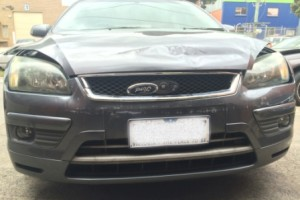 ford focus damaged front bumper and bonnet